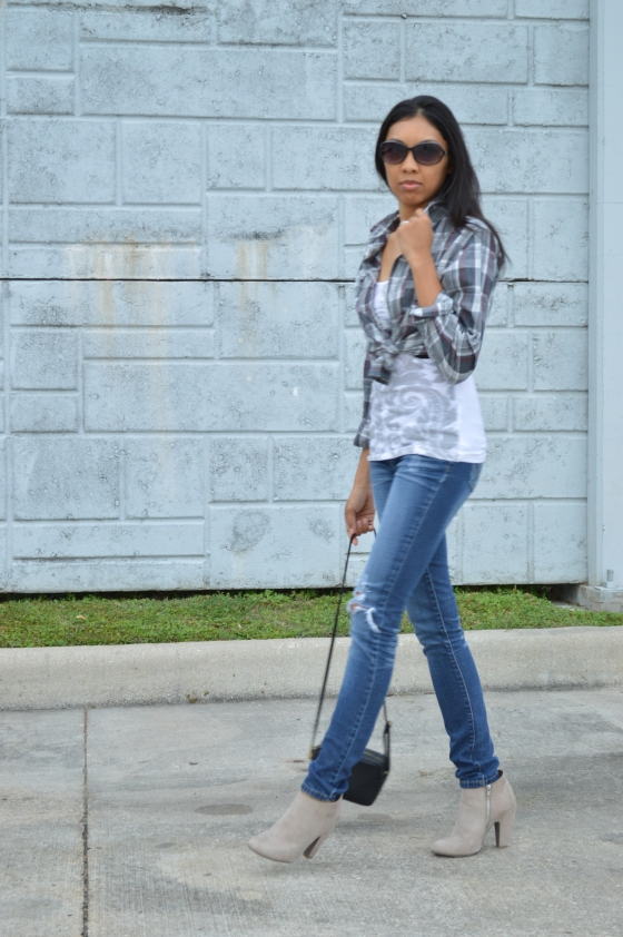 plaid top- Tj Maxx, tank- Tilly's, jeans- Hydraulic, booties- Target, crossbody- H & M,
